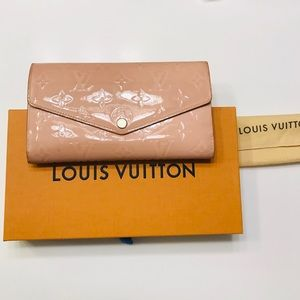 LOUIS VUITTON Rose Vernis Sarah Wallet w box